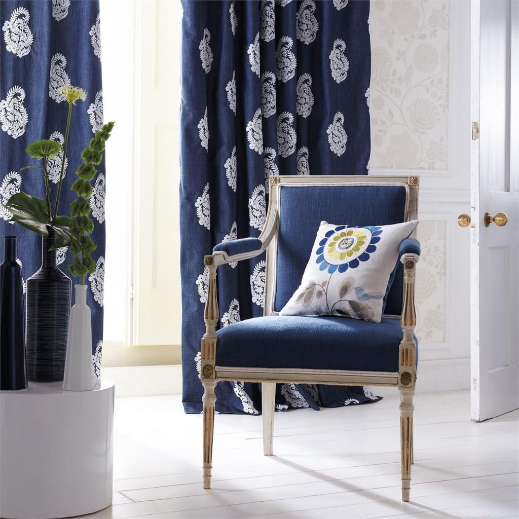 Stilfullt og lekkert, gardinene har lekre detaljer.