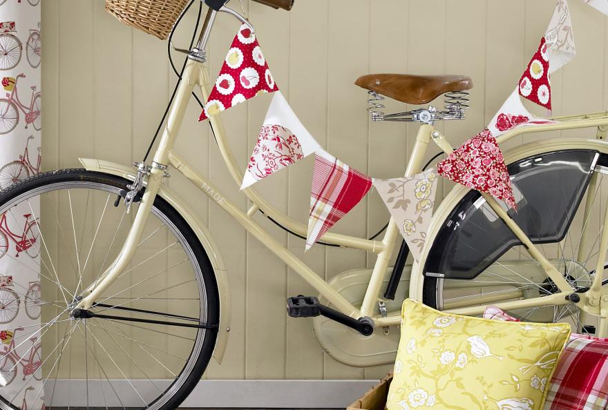 Summersdale-Bike-Cameo-FINAL1-e1423224812295-880x594