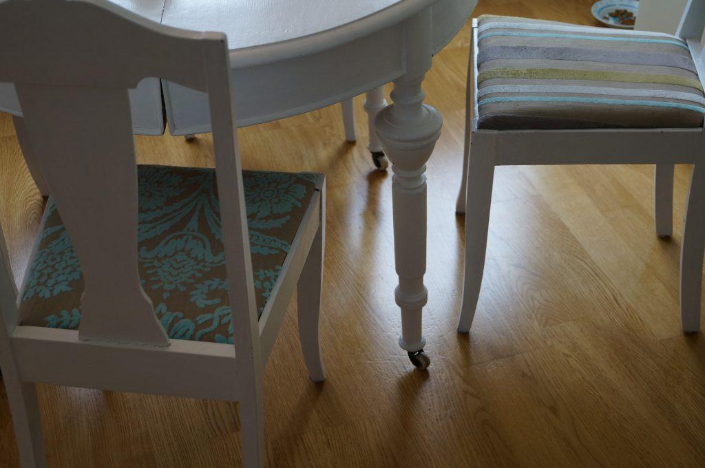 Fargerikt interior stoler